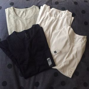GAP Crewneck T Shirts